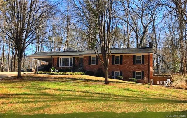 1055 Timberlane Drive, Lincolnton, NC 28092 (#3362348) :: Cloninger Properties