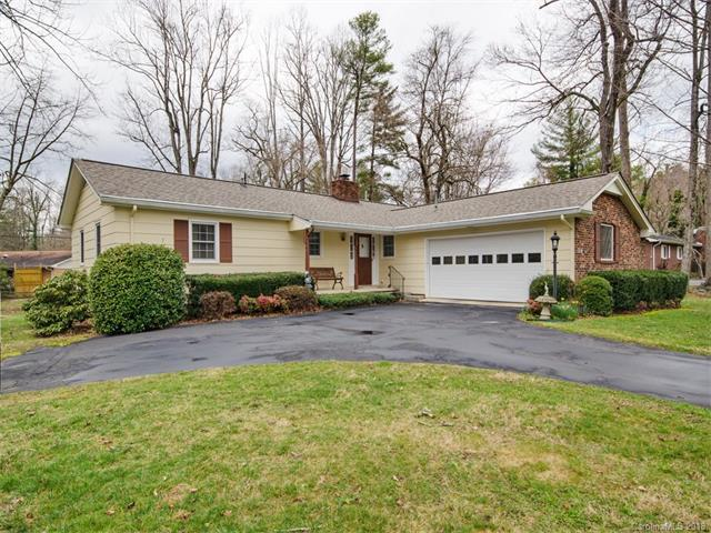 214 Balsam Road, Hendersonville, NC 28792 (#3362411) :: Exit Mountain Realty