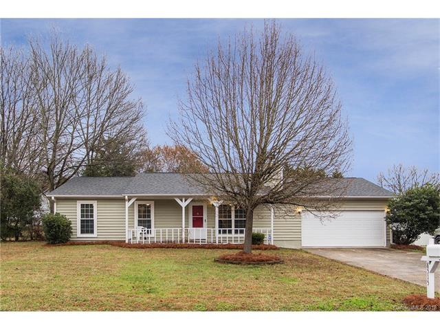 8515 Carmel Road, Charlotte, NC 28226 (#3362435) :: Exit Mountain Realty