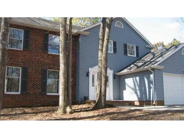 9316 Raintree Lane, Charlotte, NC 28277 (#3362634) :: The Elite Group