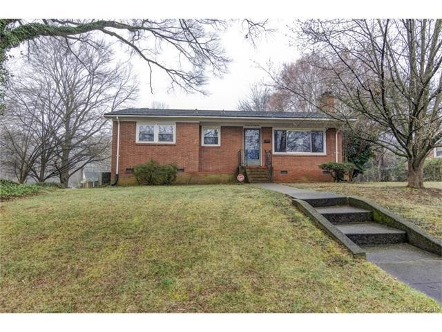 3246 Wicklow Place, Charlotte, NC 28205 (#3362755) :: Team Lodestone at Keller Williams SouthPark