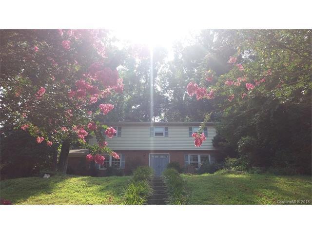6730 Pencade Lane, Charlotte, NC 28215 (#3362988) :: The Elite Group
