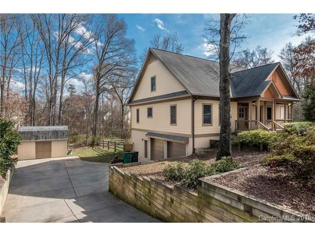 2945 Mckee Road, Charlotte, NC 28270 (#3363055) :: The Ramsey Group