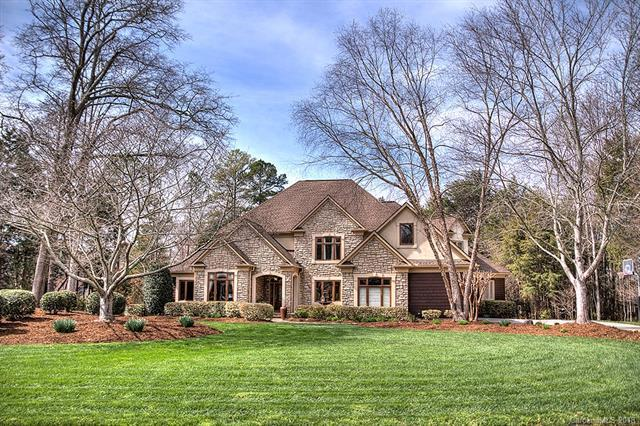 1018 Berwick Court, Marvin, NC 28173 (#3363185) :: The Andy Bovender Team