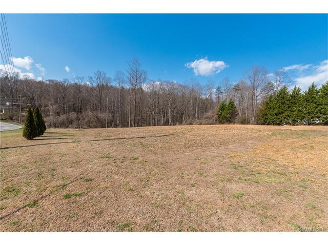 000 Cross Creek Drive #1, Marion, NC 28752 (#3363378) :: Miller Realty Group