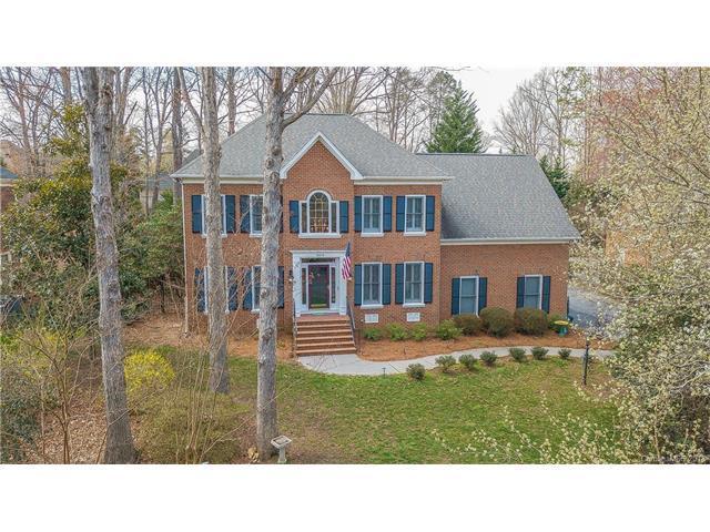 16516 Plantation Woods Drive #37, Charlotte, NC 28278 (#3363505) :: Zanthia Hastings Team