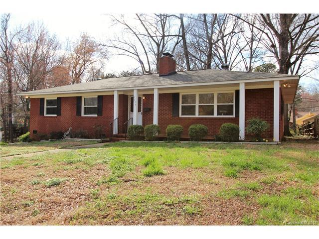 5224 Baker Drive #5, Charlotte, NC 28210 (#3363516) :: Team Lodestone at Keller Williams SouthPark