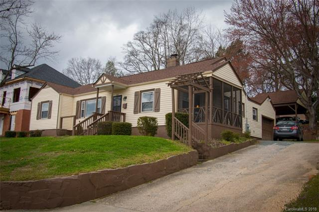 2138 Barringer Drive, Charlotte, NC 28208 (#3363594) :: LePage Johnson Realty Group, LLC