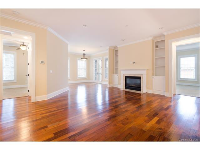 3256 Park Road, Charlotte, NC 28209 (#3363638) :: The Ramsey Group