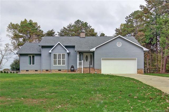 137 Farmstead Lane, Mooresville, NC 28117 (#3363749) :: Robert Greene Real Estate, Inc.