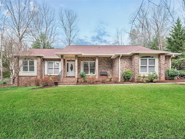 151 Sweetwater Hills Drive, Hendersonville, NC 28791 (#3363936) :: Stephen Cooley Real Estate Group