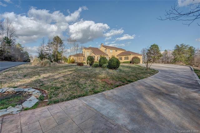 2920 Dodsworth Drive, Cramerton, NC 28032 (#3364054) :: Exit Mountain Realty