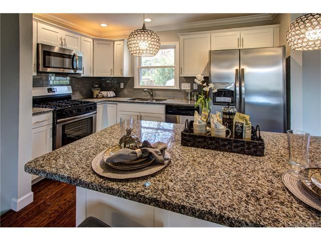 7624 Watercrest Road, Charlotte, NC 28210 (#3364103) :: Exit Mountain Realty