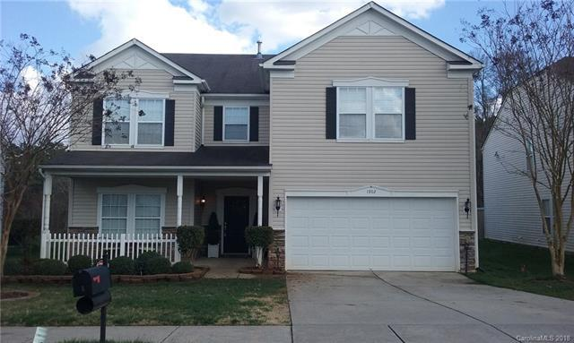 1902 Hamilton Forest Drive, Charlotte, NC 28216 (#3364385) :: The Sarver Group