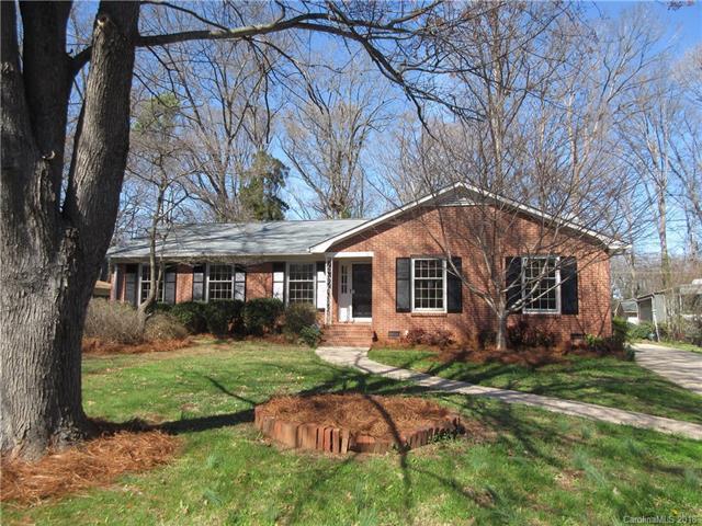 3433 Woodleaf Road #12, Charlotte, NC 28205 (#3364626) :: LePage Johnson Realty Group, LLC