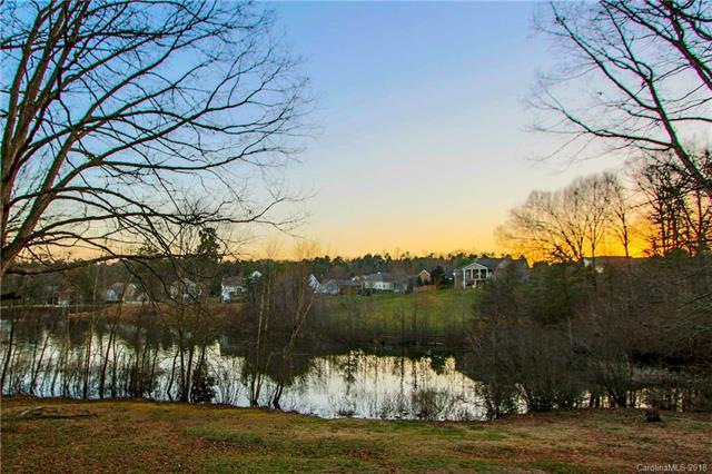 598 Lake Circle L8, Troutman, NC 28166 (#3364679) :: LePage Johnson Realty Group, LLC