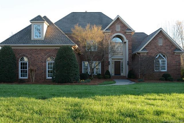 12517 Pine Valley Club Drive, Charlotte, NC 28277 (#3364899) :: Exit Mountain Realty