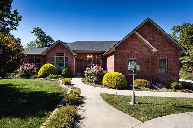 28 Tudor Crescent Court, Hendersonville, NC 28739 (#3365314) :: Puffer Properties