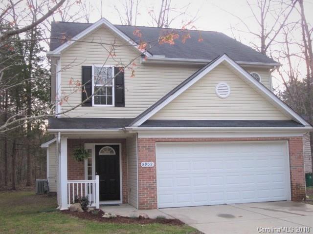 8909 Potomac Boulevard, Charlotte, NC 28216 (#3365947) :: LePage Johnson Realty Group, LLC