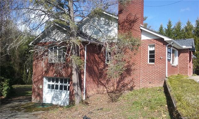 903 Fleming Street, Hendersonville, NC 28791 (#3366068) :: Exit Mountain Realty