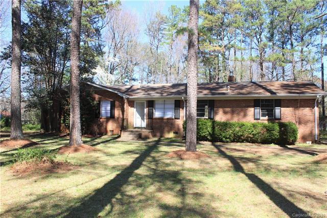 6115 Trysting Road, Charlotte, NC 28227 (#3366121) :: Exit Mountain Realty