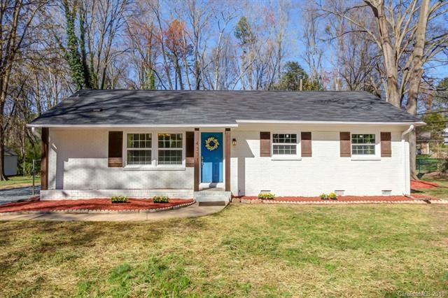 4331 Somerdale Lane, Charlotte, NC 28205 (#3366209) :: Exit Mountain Realty