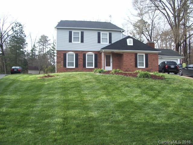 6830 Woodfield Drive, Charlotte, NC 28215 (#3366280) :: LePage Johnson Realty Group, LLC