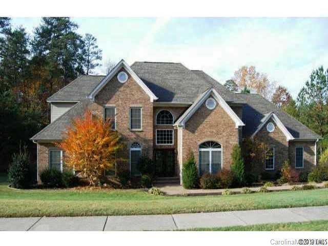 16316 Riverpointe Drive, Charlotte, NC 28278 (#3366937) :: Exit Mountain Realty