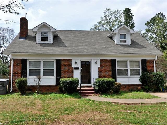 1611 Beatties Ford Road, Charlotte, NC 28216 (#3367013) :: LePage Johnson Realty Group, LLC