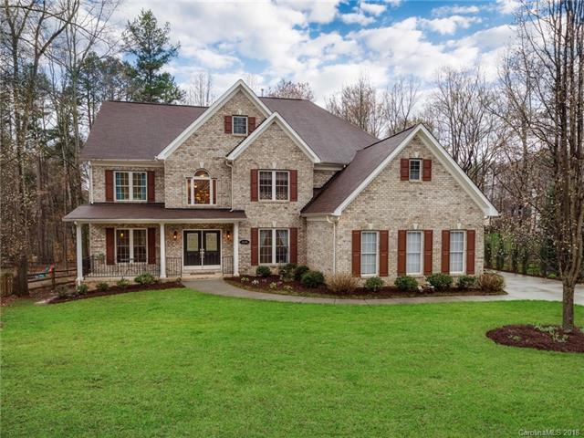 5139 Foxbriar Trail, Charlotte, NC 28269 (#3367046) :: Exit Mountain Realty