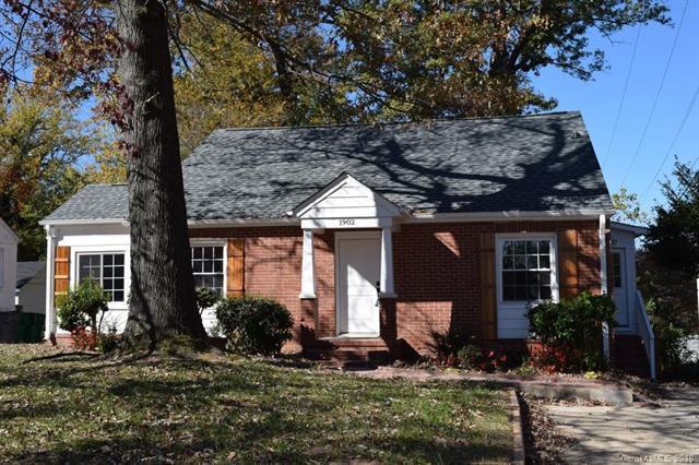 1902 Wood Dale Terrace, Charlotte, NC 28203 (#3367121) :: LePage Johnson Realty Group, LLC