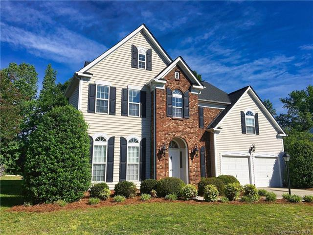 3051 Wyntree Court, Matthews, NC 28104 (#3367332) :: The Andy Bovender Team