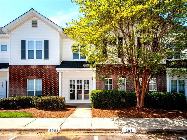 6383 Mallard View Lane #3, Charlotte, NC 28269 (#3367680) :: Besecker Homes Team