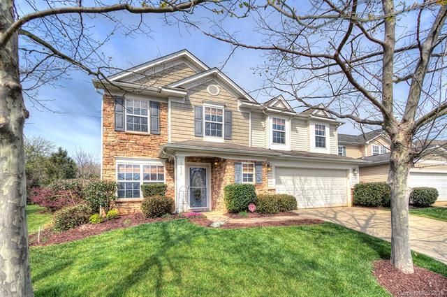 10418 Cullen Court, Charlotte, NC 28278 (#3367749) :: The Andy Bovender Team