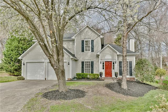 6602 Cragland Court, Charlotte, NC 28269 (#3367772) :: Exit Mountain Realty