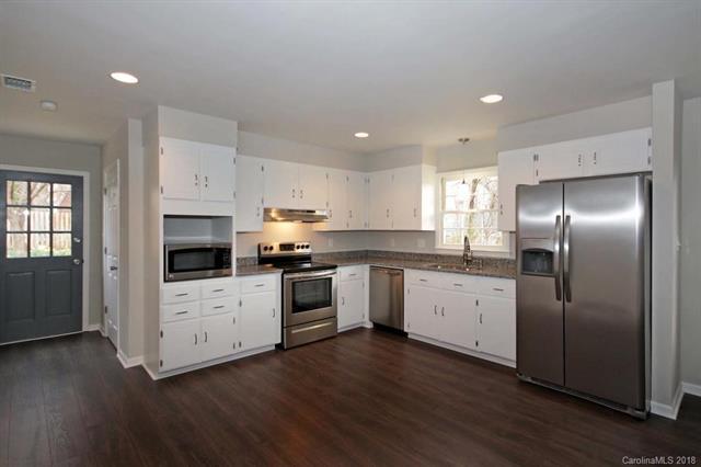 133 Cliffwood Circle #9, Mooresville, NC 28115 (#3367939) :: Cloninger Properties