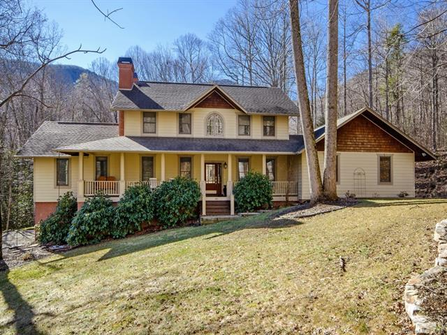 141 Catawba Lane, Waynesville, NC 28786 (#3367950) :: The Elite Group