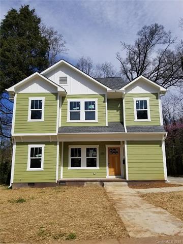 220 Seldon Drive, Charlotte, NC 28216 (#3368292) :: Stephen Cooley Real Estate Group
