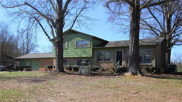 1395 Chancellor Drive, Claremont, NC 28610 (#3368393) :: Stephen Cooley Real Estate Group
