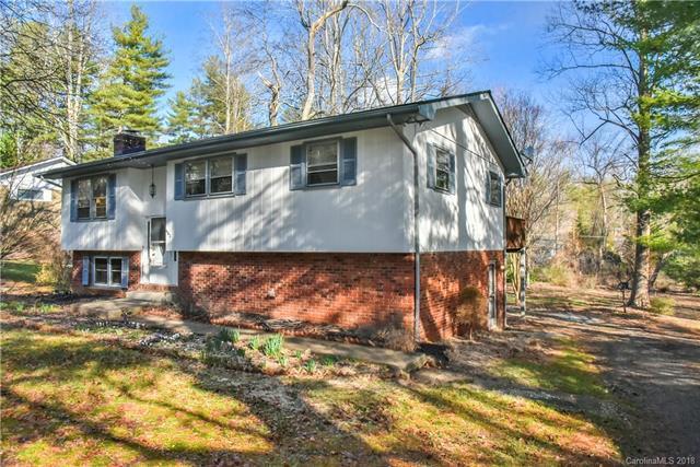 402 Comet Drive, Hendersonville, NC 28791 (#3368442) :: Puffer Properties