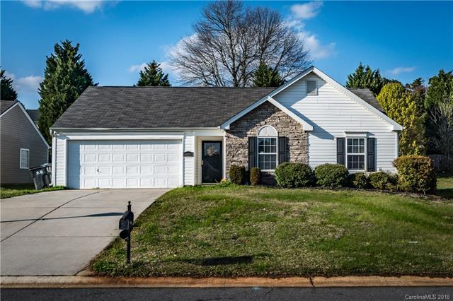 6008 Pennycross Lane, Charlotte, NC 28216 (#3368465) :: Exit Mountain Realty