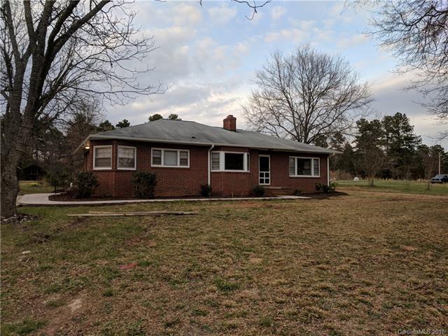8454 Dog Leg Road, Sherrills Ford, NC 28673 (#3368539) :: Cloninger Properties