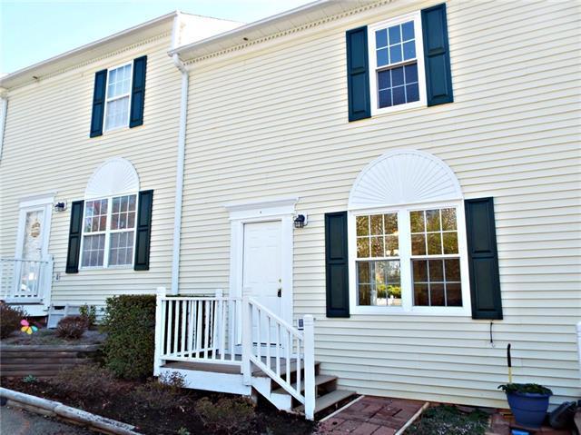 1067 NE 19th Street NE E, Hickory, NC 28601 (#3368898) :: High Performance Real Estate Advisors