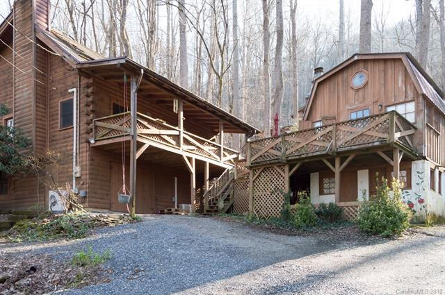 524 Spring Lake Road, Maggie Valley, NC 28751 (#3369112) :: The Andy Bovender Team