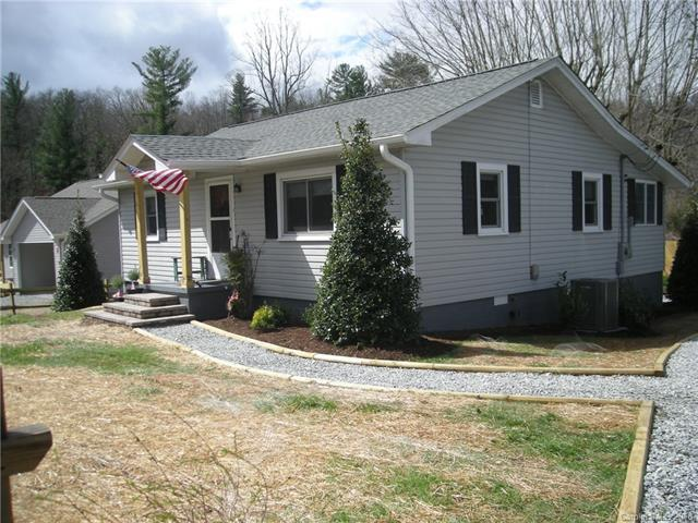 2200 Dartmouth Road #2, Hendersonville, NC 28791 (#3369227) :: High Performance Real Estate Advisors