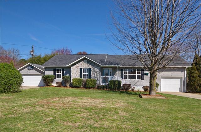 15 Cameron Drive, Etowah, NC 28729 (#3369413) :: Puffer Properties