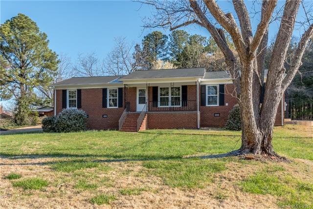 8417 Wilson Woods Drive, Mint Hill, NC 28227 (#3369441) :: The Ann Rudd Group