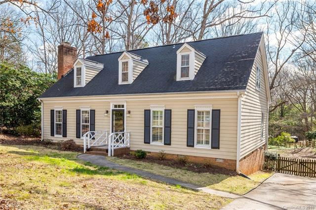 1919 Carmel Ridge Road, Charlotte, NC 28226 (#3369888) :: Pridemore Properties