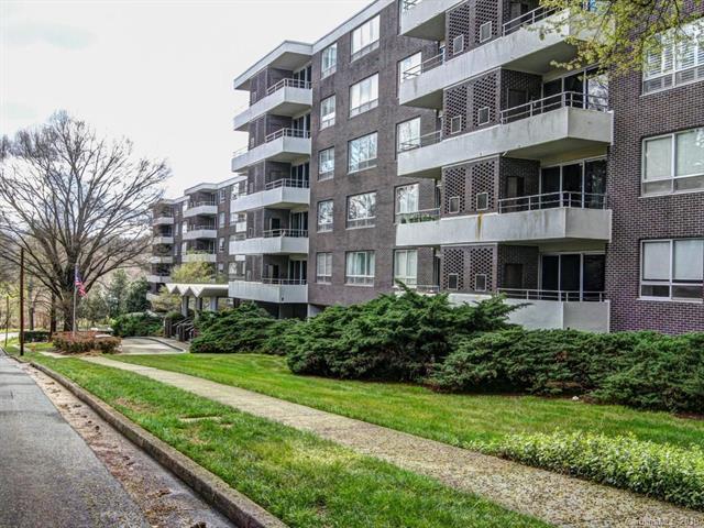 1300 Reece Road #407, Charlotte, NC 28209 (#3369923) :: Puma & Associates Realty Inc.