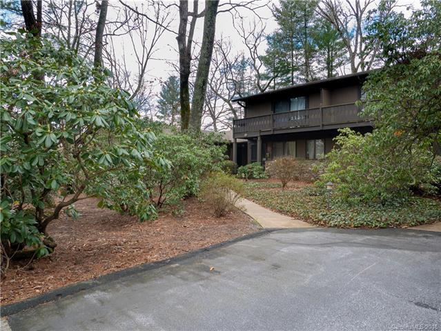 68 Laurelwood Circle W #17, Hendersonville, NC 28791 (#3370017) :: High Performance Real Estate Advisors